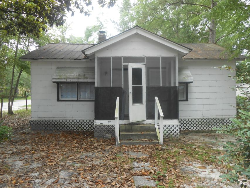 114 Durham Street Walterboro, SC 29488