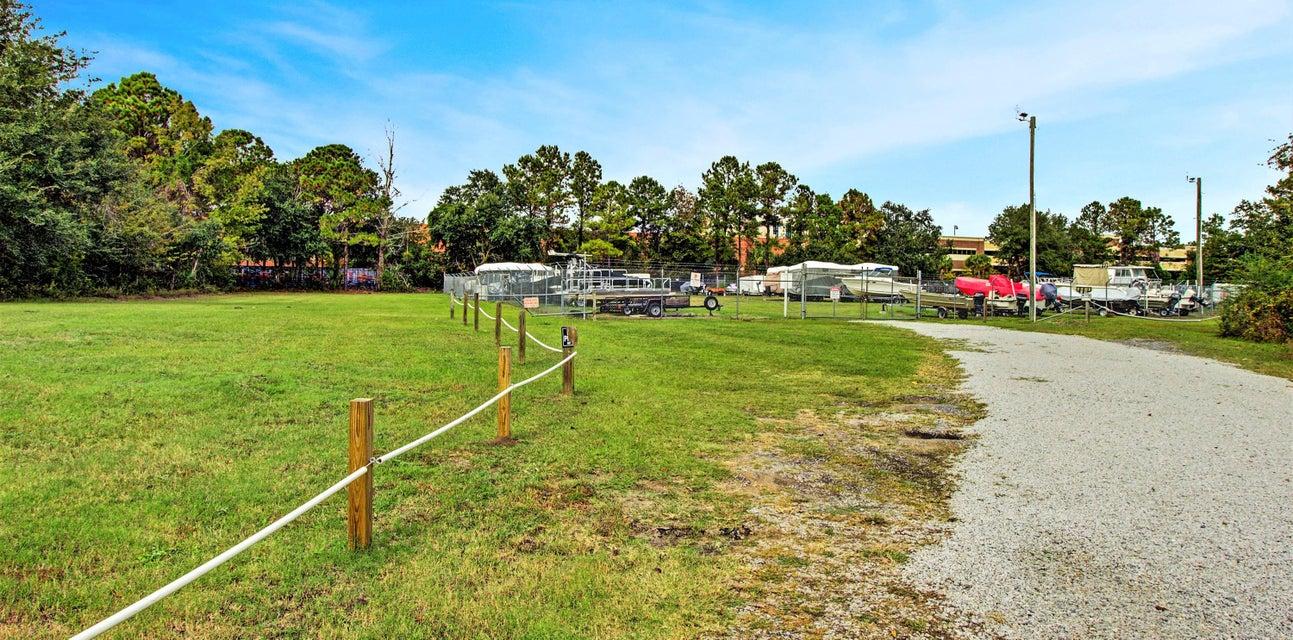 1205 Waterfront Drive Mount Pleasant, SC 29464
