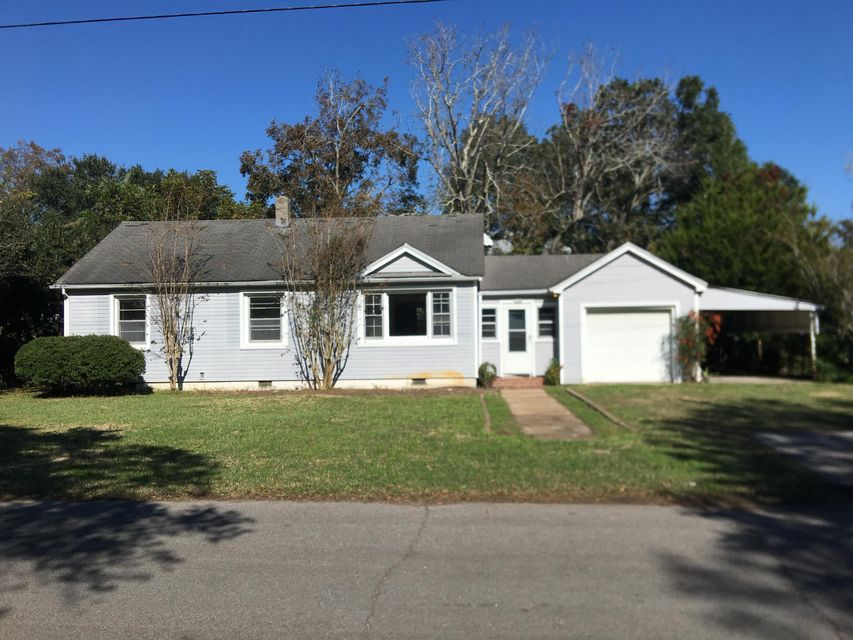 1320 Thompson Avenue Sullivans Island, SC 29482