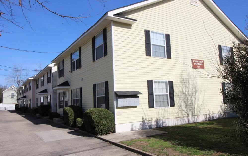 104 Spring Street Charleston, SC 29403