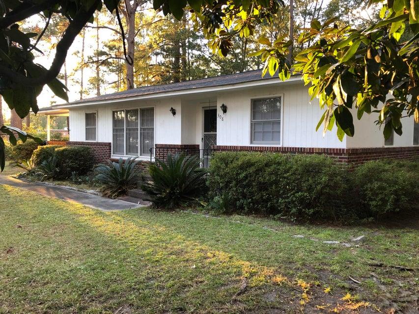 308 Forest Circle Walterboro, SC 29488
