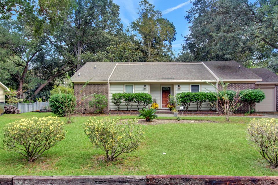 30 Wyecreek Avenue Charleston, SC 29412