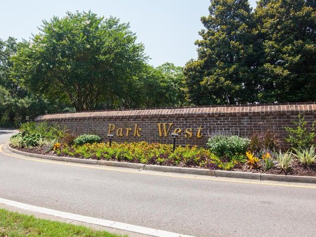 2688 Park West Boulevard Mount Pleasant, SC 29466