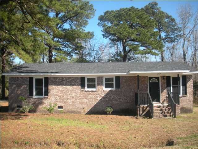 6369 Maxville Road, Awendaw, SC 29429
