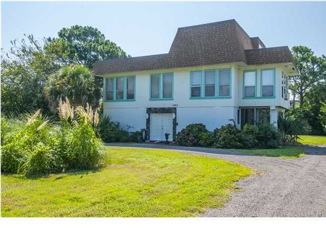 2863 Brownell Avenue, Sullivans Island, SC 29482