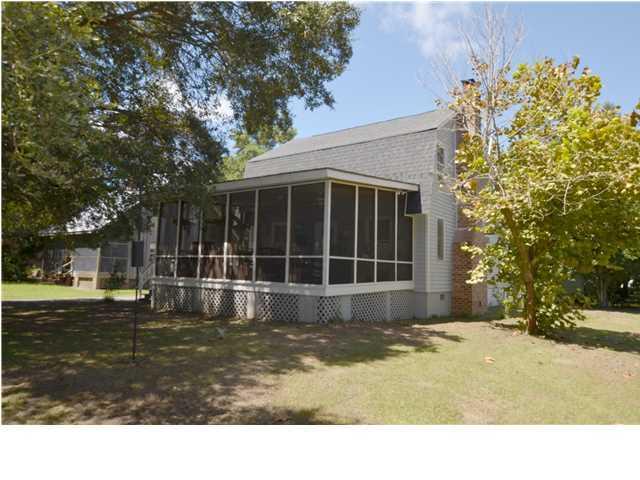 202 Scotia Street, McClellanville, SC 29458