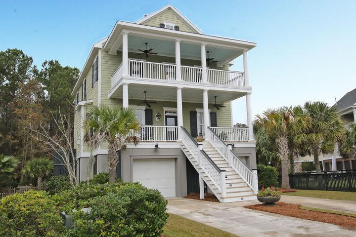 WELCOME HOME TO LOWCOUNTRY LIVING