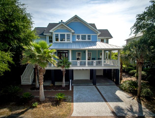 Gorgeous custom built home steps from the beach on residential cul-de-sac!