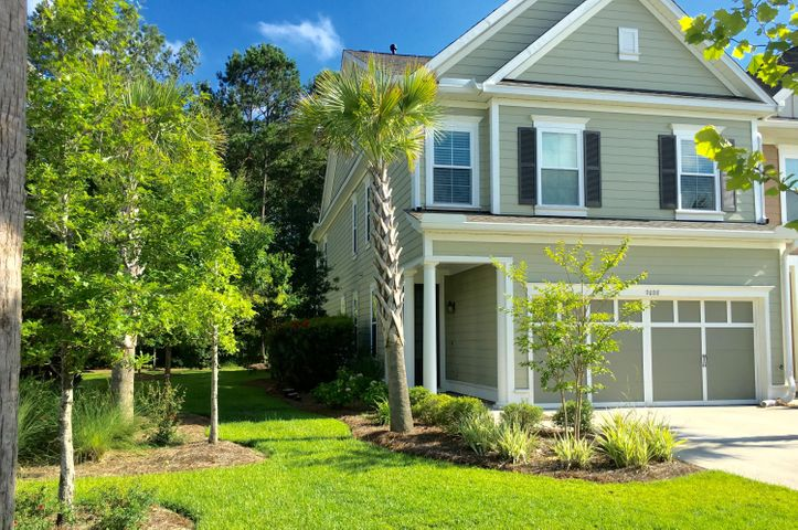 2028 Kings Gate Lane, Mount Pleasant, SC 29466