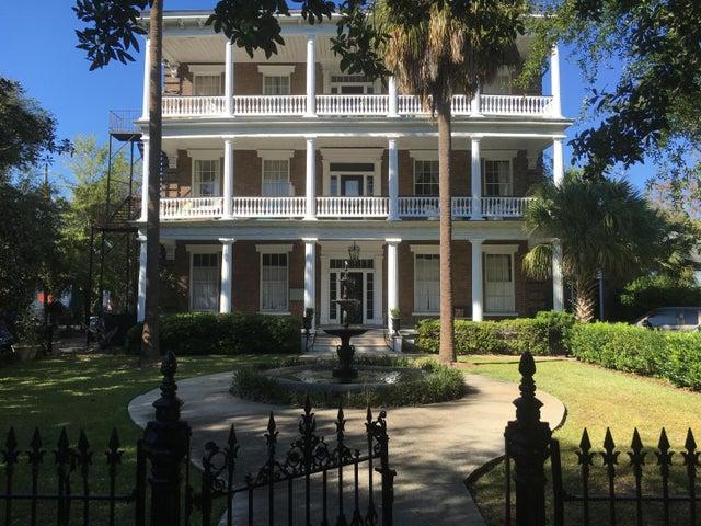 12 Bee Street, Charleston, SC 29403