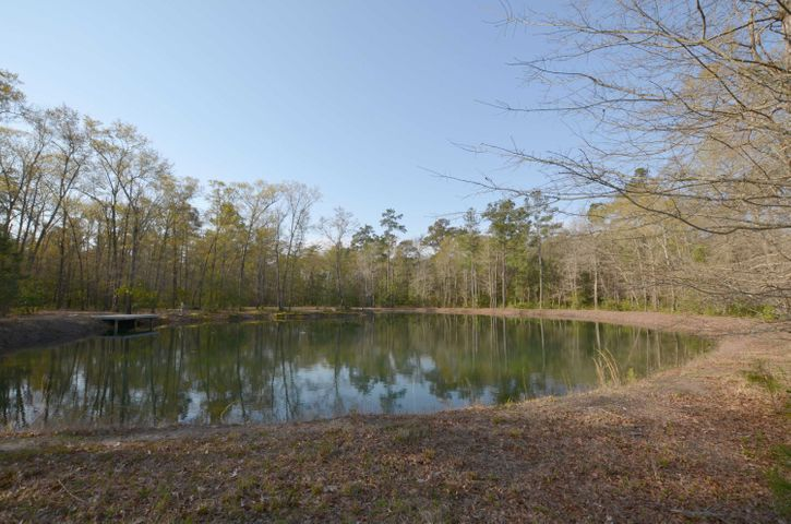 3c Old Georgetown Road, McClellanville, SC 29458