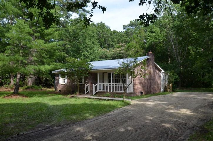 369 Mercantile Road, McClellanville, SC 29458