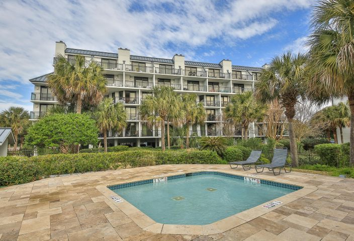 117 Shipwatch Drive, Isle of Palms, SC 29451