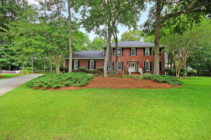 108 Leighton Court, Summerville, SC 29485