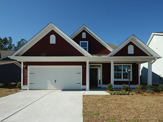 Example of the Cassidy, Elevation B. Please contact the sales agent for this community for the specific details on the optional upgrades and standard features for the Cassidy home.
