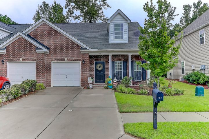 104 Hickory Ridge Way, Summerville, SC 29483