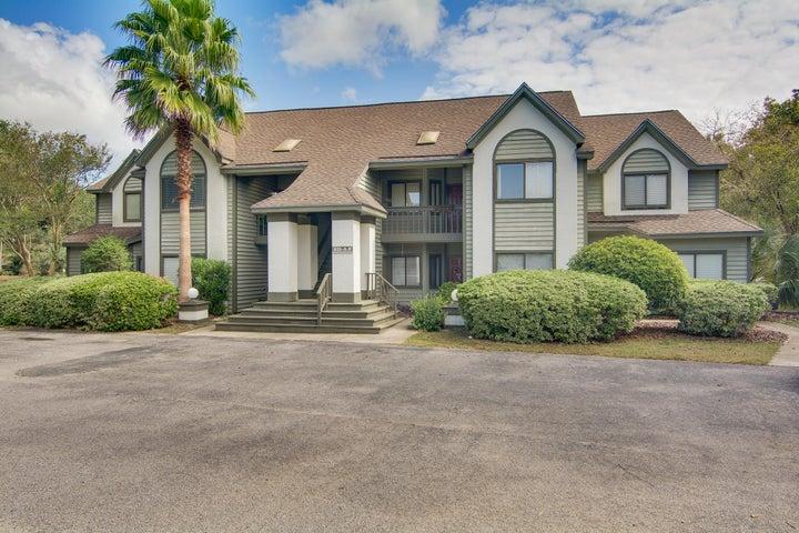 851 Sandlake Drive, Mount Pleasant, SC 29464