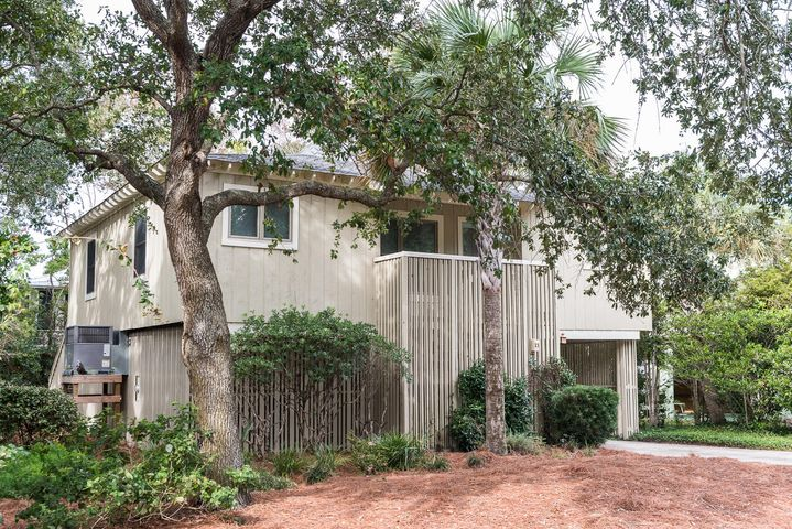 23 Sandcrab Court, Isle of Palms, SC 29451