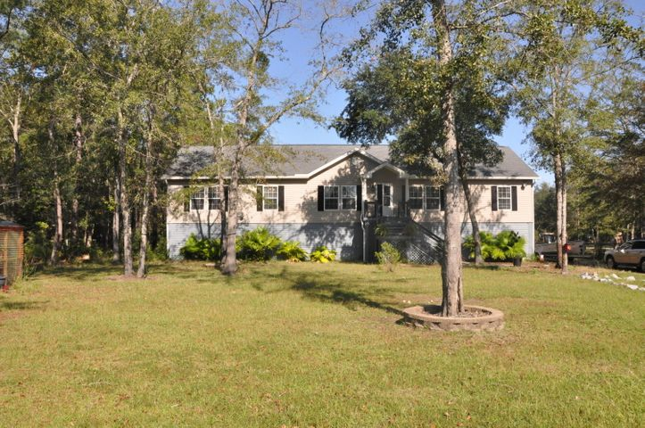 5608 Katy Hill Road, Wadmalaw Island, SC 29487