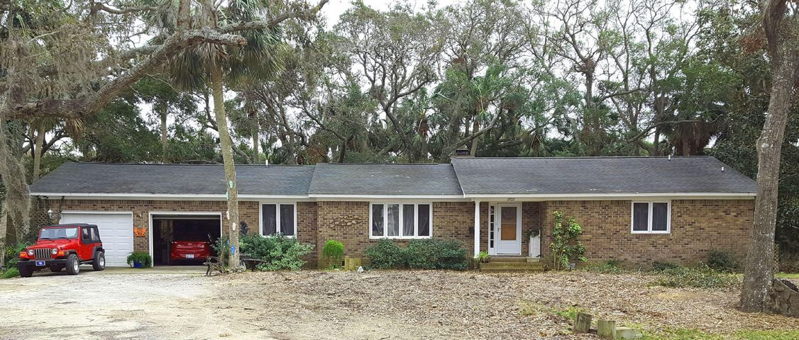 1202 Jungle Road, Edisto Beach, SC 29438