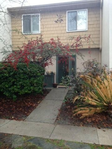1205 Ventura Place, Mount Pleasant, SC 29464