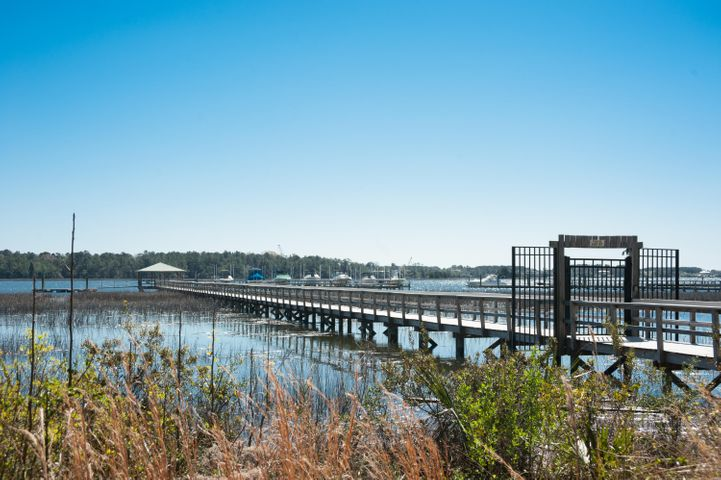 Community deep water dock is just a few steps from your front door!