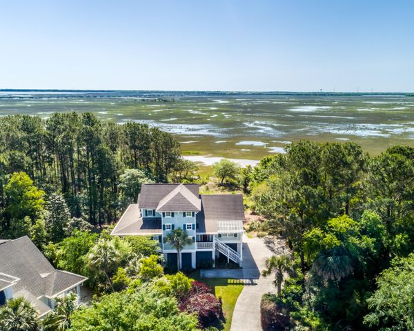 2105 Cape Jasmine Court, Mount Pleasant, SC 29464