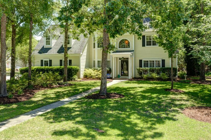 1389 Lochmere Court, Mount Pleasant, SC 29466