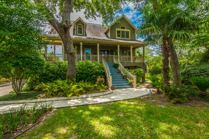 201 Marsh Oaks Drive, Charleston, SC 29407