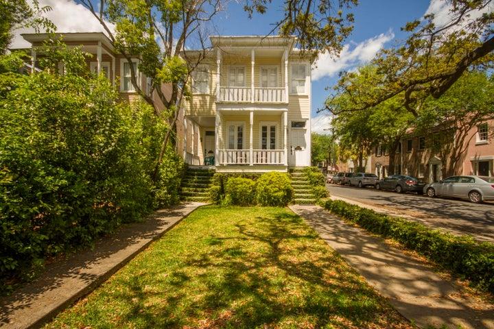 132 Queen Street, Charleston, SC 29401