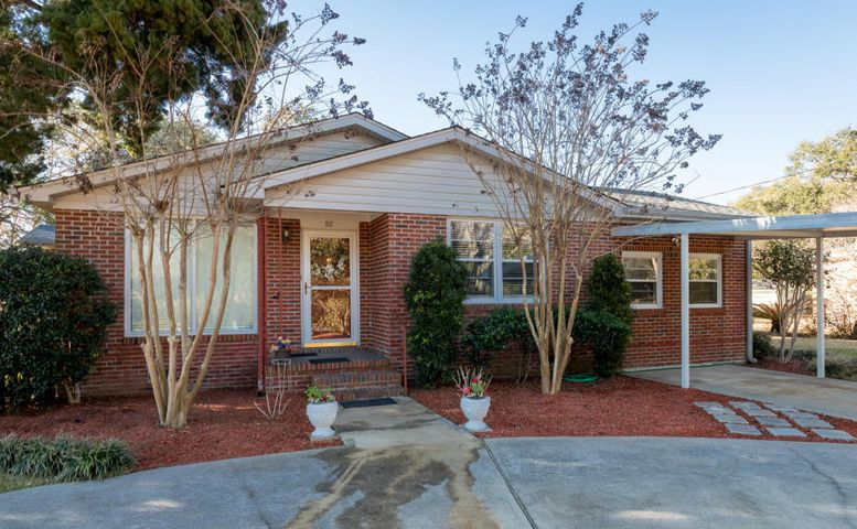707 Windward Road, Charleston, SC 29412