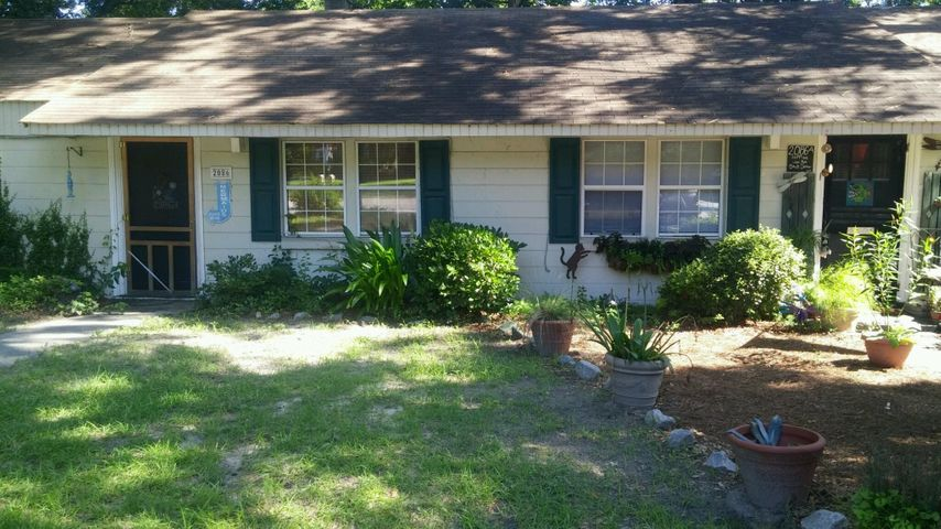 2086 Seabrook Avenue, Charleston, SC 29412