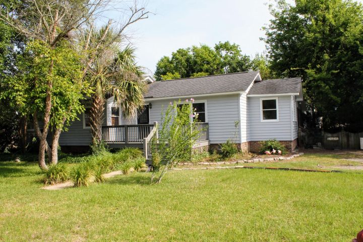 1301 Thompson Avenue, Sullivans Island, SC 29482