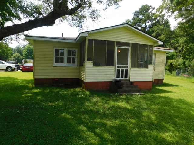 406 Howe Hall Road, Goose Creek, SC 29445