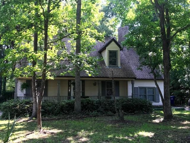 975 Colonial Drive, Mount Pleasant, SC 29464
