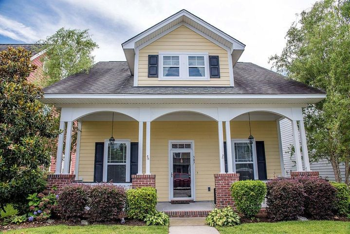 307 Crossandra Avenue, Summerville, SC 29483