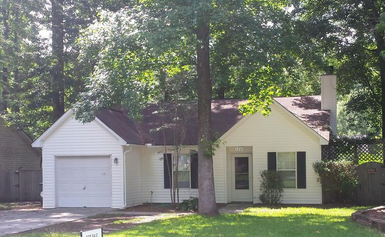 128 Beverly Drive, Ladson, SC 29456