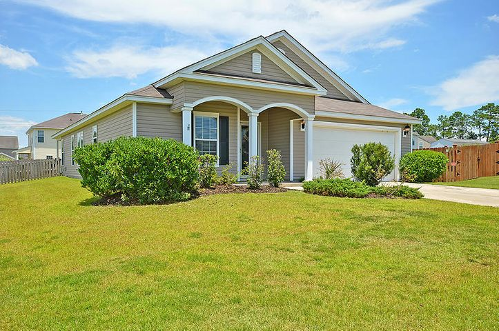 1415 Grackle Court, Hanahan, SC 29410
