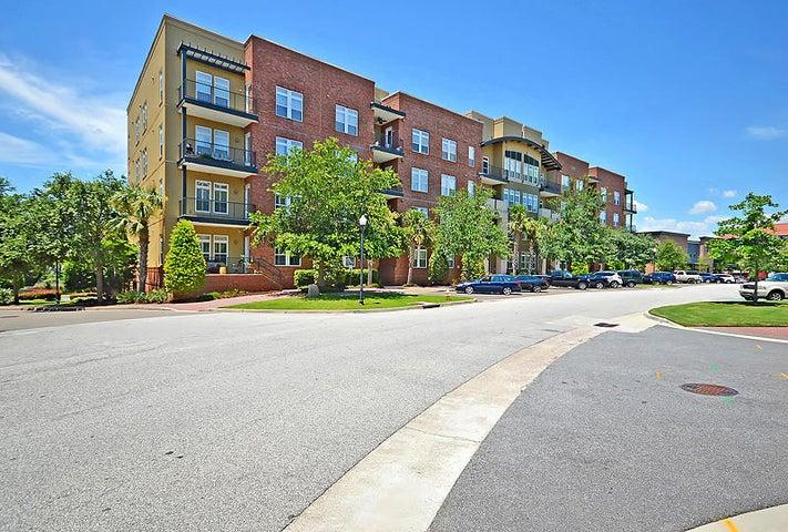 125 Pier View Street, Daniel Island, SC 29492