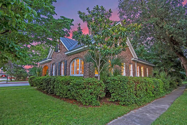 55 Folly Road Boulevard, Charleston, SC 29407