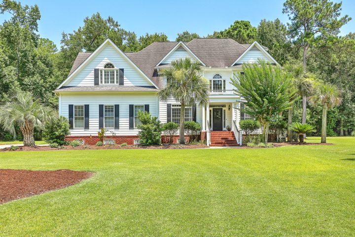 Welcome home to 3461 Shagbark Circle in lovely Dunes West!