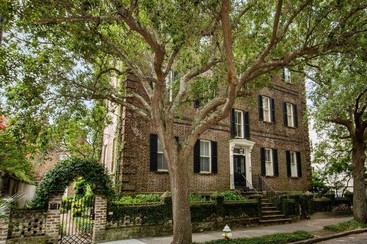 55 Laurens Street, Charleston, SC 29401