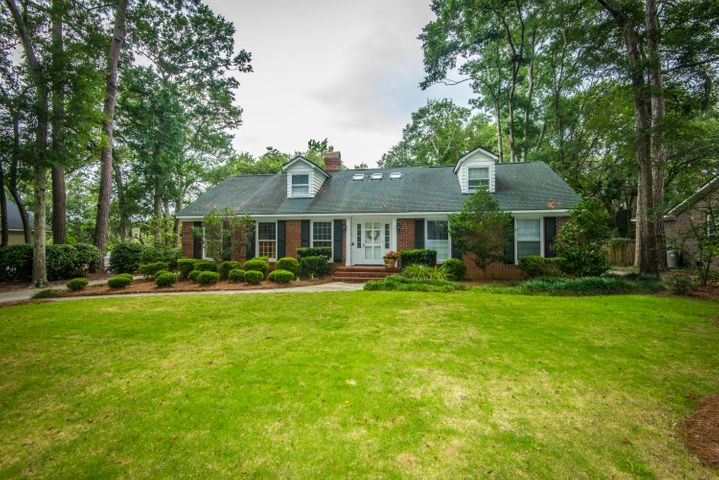 975 Scotland Drive, Mount Pleasant, SC 29464