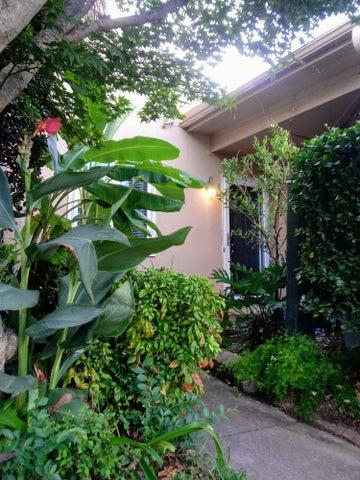 405 Ventura Place, Mount Pleasant, SC 29464