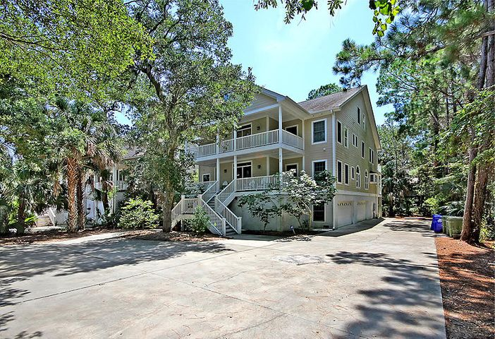 315 Indian Avenue, Folly Beach, SC 29439