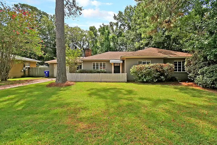 1315 Sherwood Drive, Charleston, SC 29407
