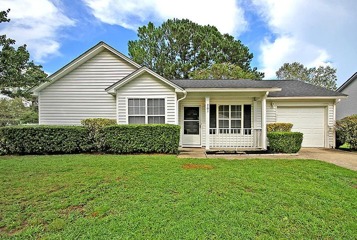 201 Two Hitch Road, Goose Creek, SC 29445
