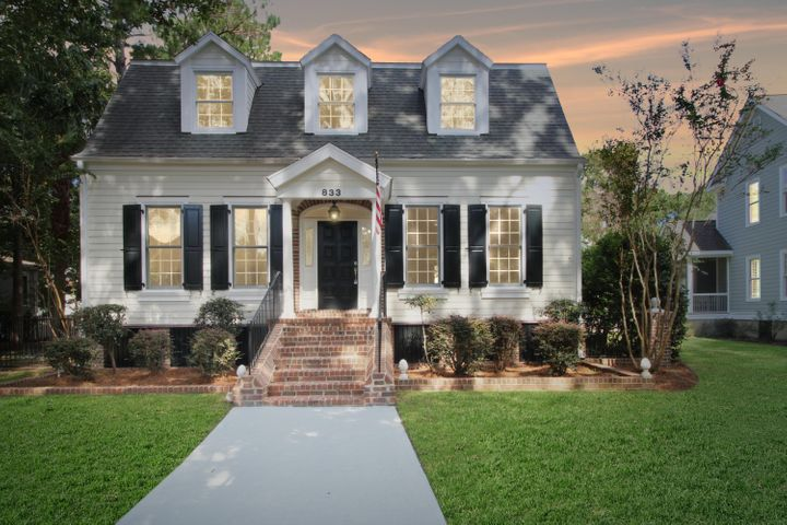 833 Tupelo Bay Drive, Mount Pleasant, SC 29464