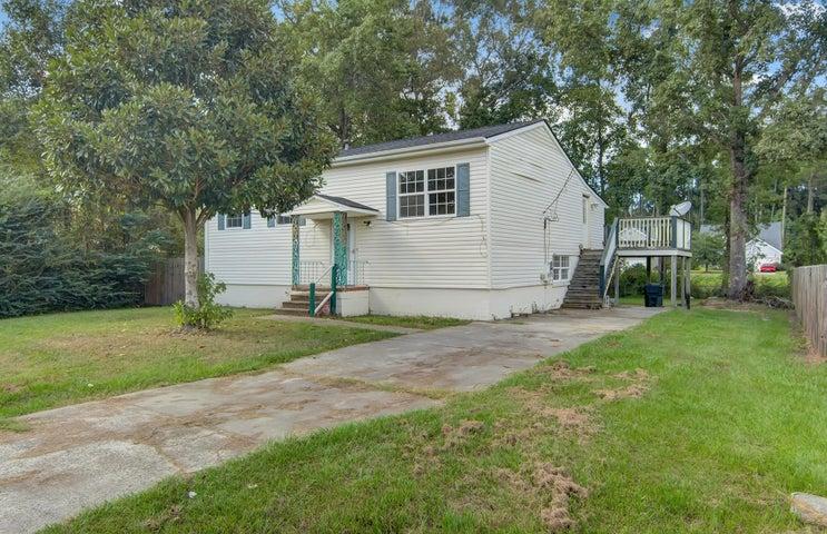 435 Robin Drive, Goose Creek, SC 29445