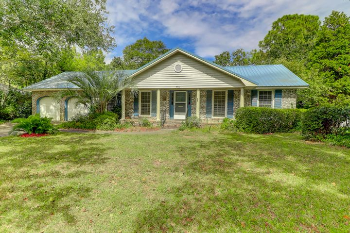 962 Cummings Circle, Mount Pleasant, SC 29464